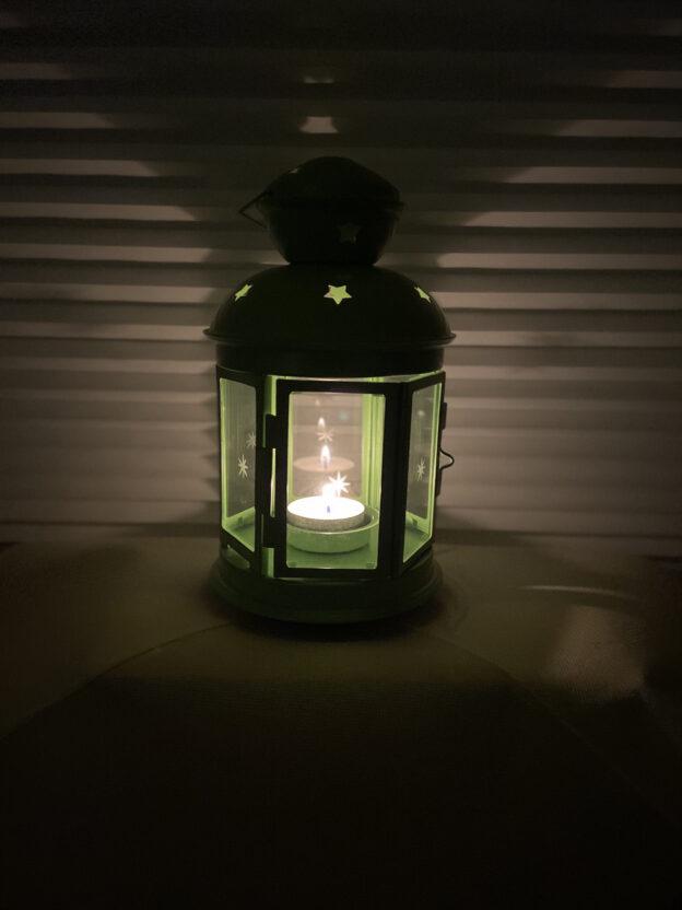 Ein Licht gegen das Vergessen. Ein Licht der Mahnung