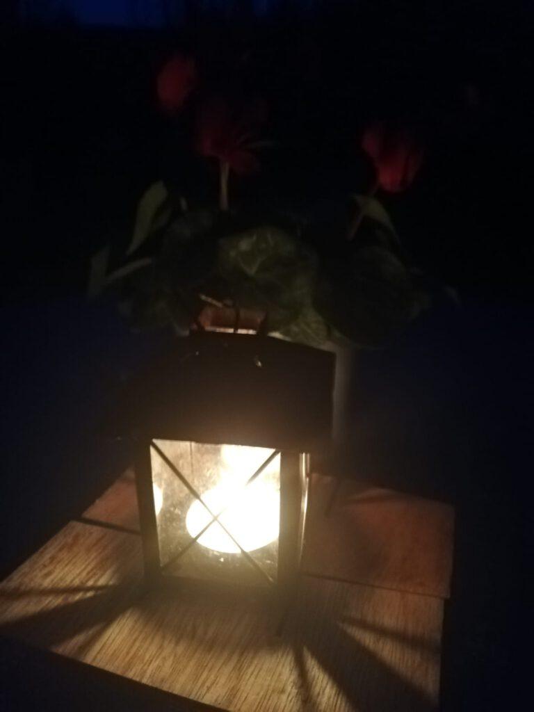 Ein Licht gegen das Vergessen. Ein Licht der Mahnung. Marianne Grigat