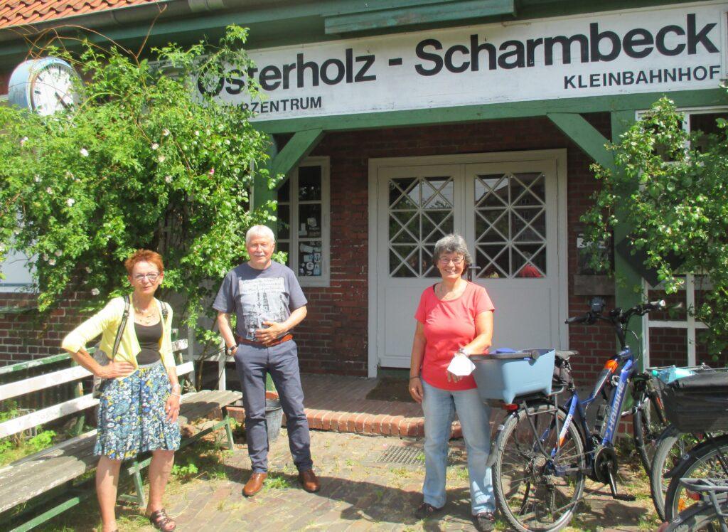 Bauliche Arbeiten am Kulturzentrum - SPD-Mitglieder schauen sich am Kleinbahnhof um